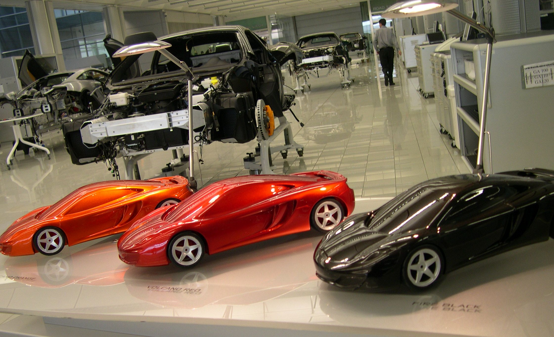 VVV visit Mclaren for the launch of the MP4-12C