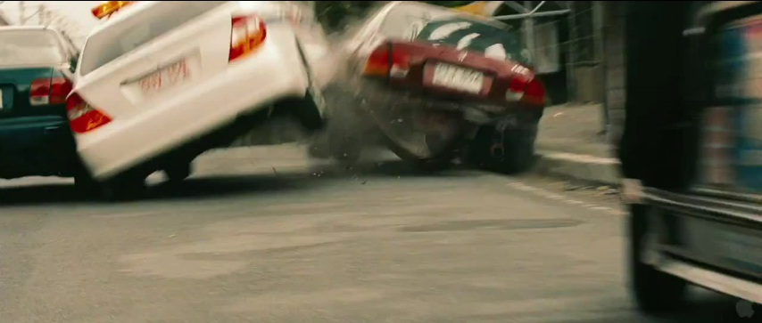 The Bourne Legacy trailer confirms car chase scene