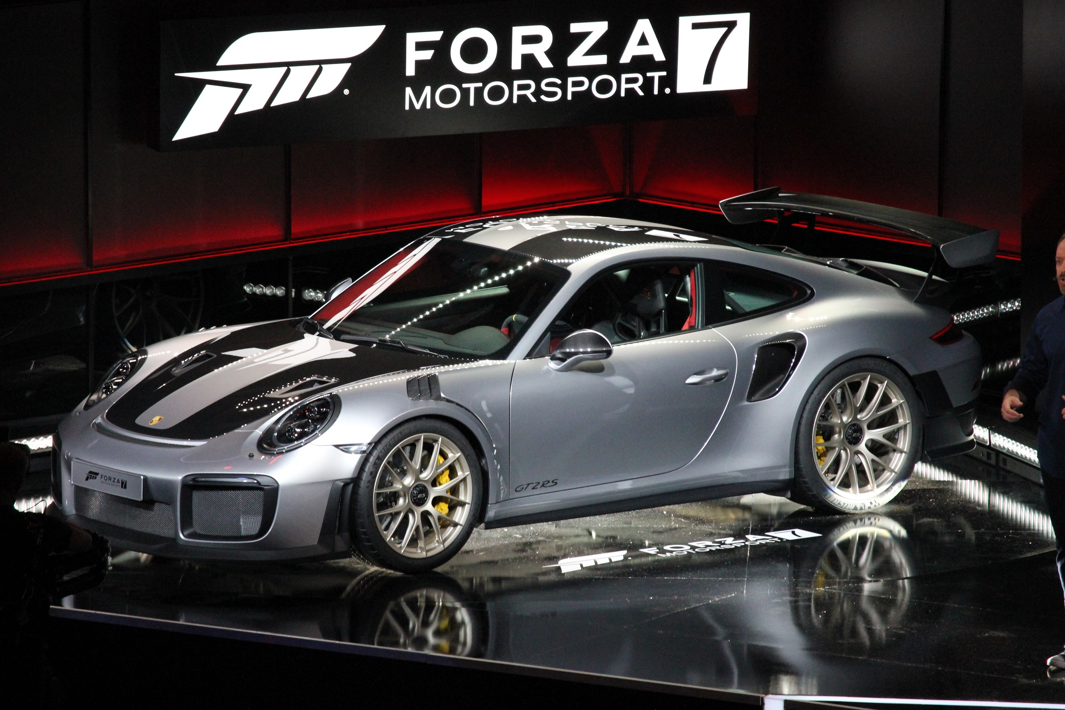 Porsche 991 GT2 RS confirmed as Forza Motorsport 7's cover car