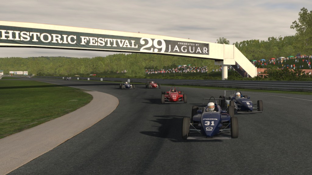 rFactor 2 Build 125 adds new car, track and Resume from