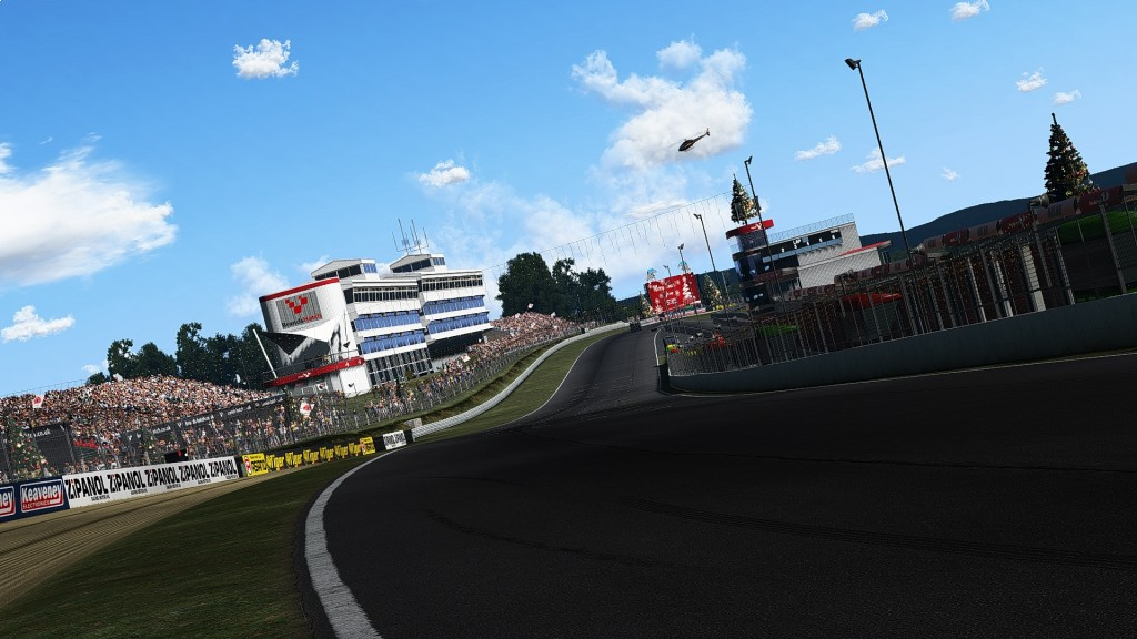Using DX11MT On Brands Hatch Leads To A Crash At Pilgrims Drop