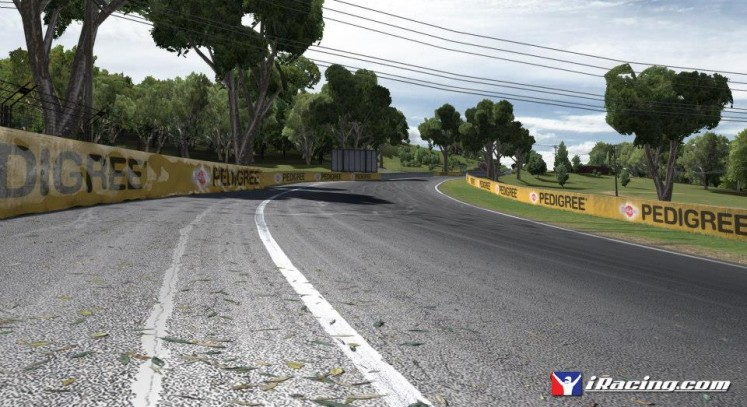 iRacing video goes behind the scenes at Bathurst - Team VVV