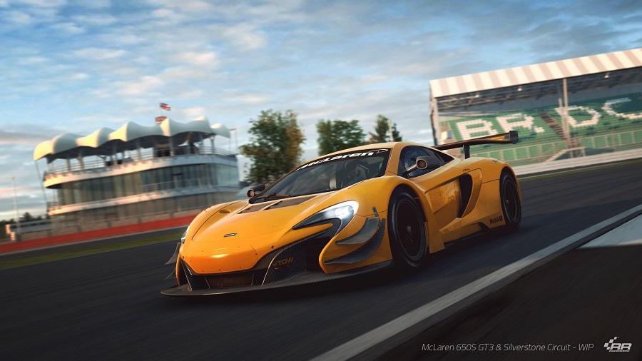 r3e raceroom racing experience mclaren 650s at silverstone preview teaser screenshot