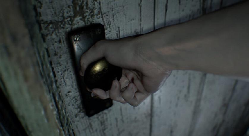 resident evil VII opening door