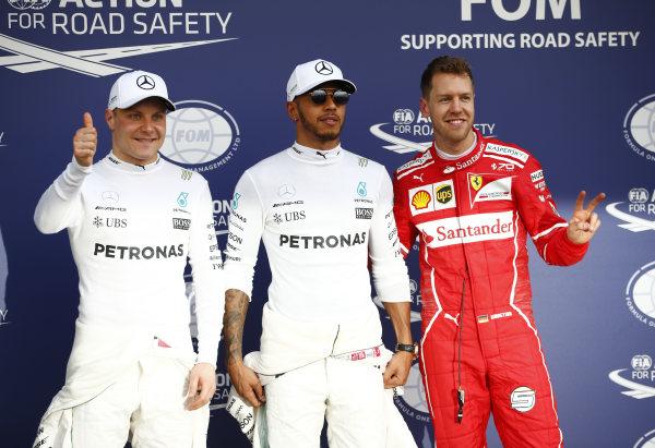 F1 2017 Australian GP Qualifying: Hamilton On Pole, Vettel Closes The Gap