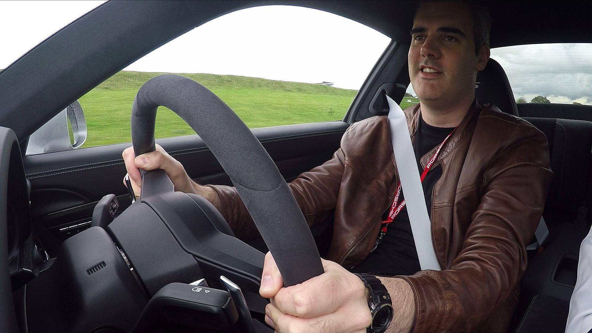 Forza 7 and Porsche Experience Centre testing a 911