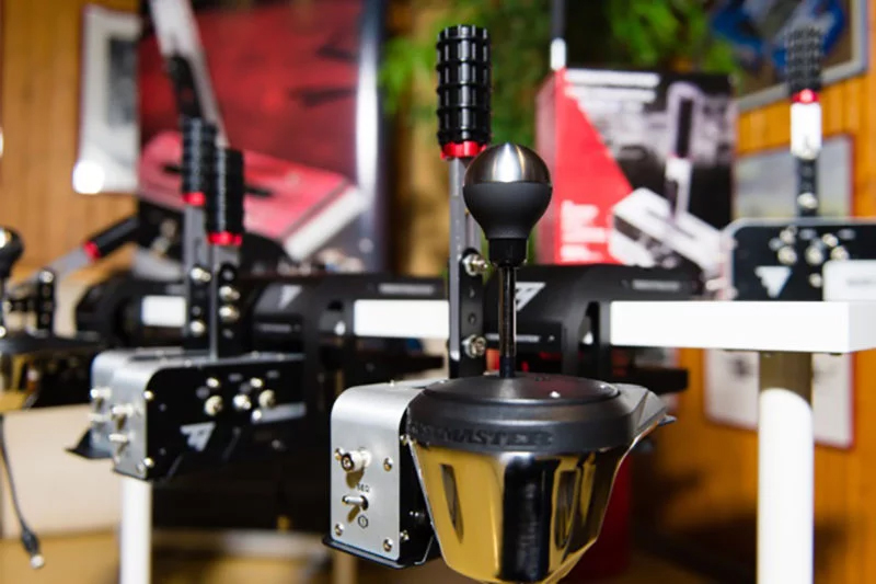 Thrustmaster TSS Handbrake Sparco Mod + revealed for PS4 and